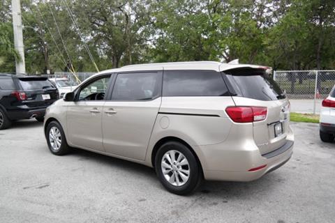2015 Kia Sedona for sale in Miami, FL