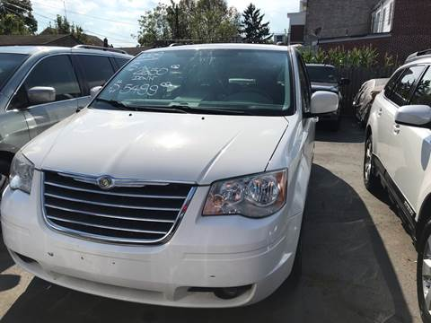 2009 Chrysler Town and Country for sale at Chambers Auto Sales LLC in Trenton NJ