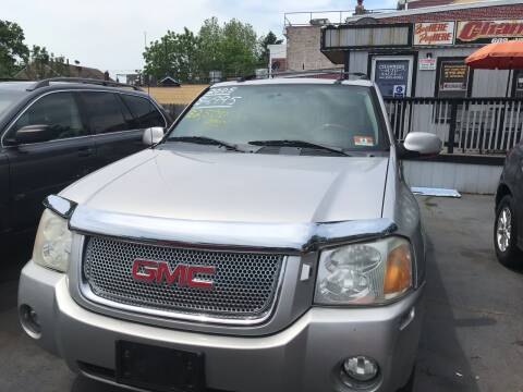 2005 GMC Envoy for sale at Chambers Auto Sales LLC in Trenton NJ