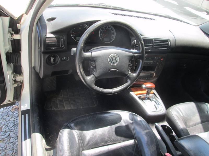 2002 Volkswagen Passat GLX 4dr Sedan V6 - Gansevoort NY