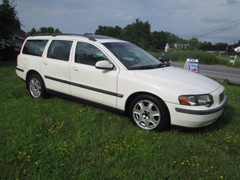 2001 Volvo V70 for sale at Saratoga Motors in Gansevoort NY