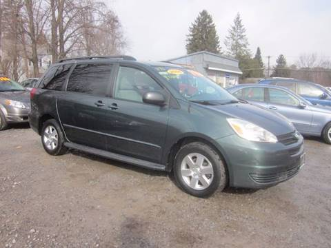 2005 Toyota Sienna for sale at Saratoga Motors in Gansevoort NY