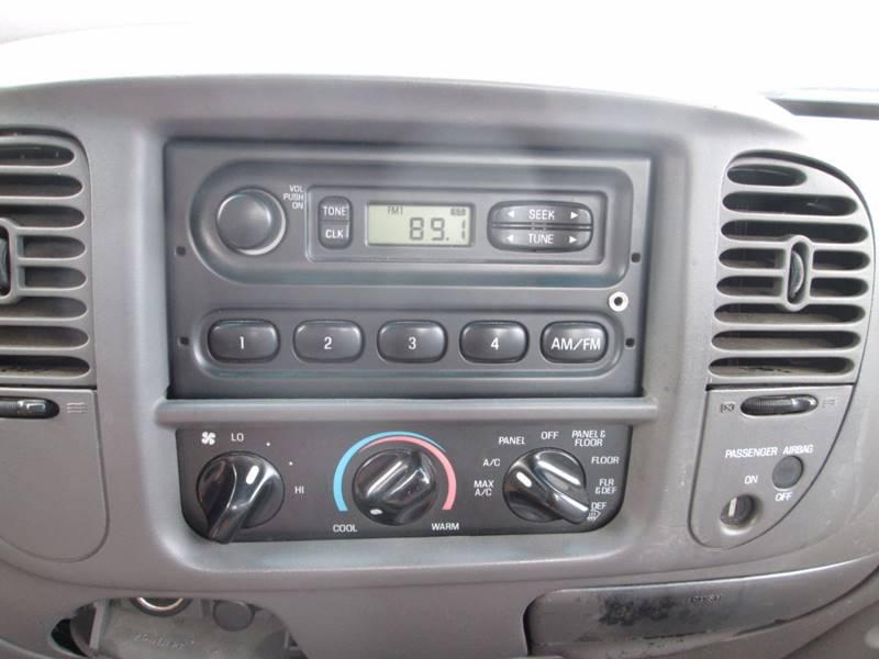 1999 Ford F-150 2dr Work Standard Cab LB - Gansevoort NY