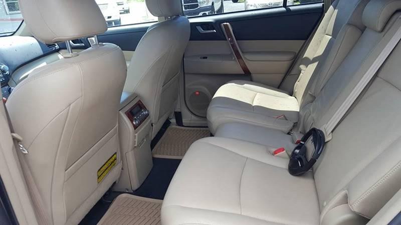 2011 Toyota Highlander Hybrid for sale at Real Deals of Florence, LLC in Effingham SC