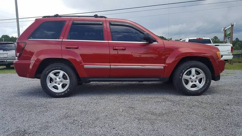 2006 Jeep Grand Cherokee for sale at Real Deals of Florence, LLC in Effingham SC
