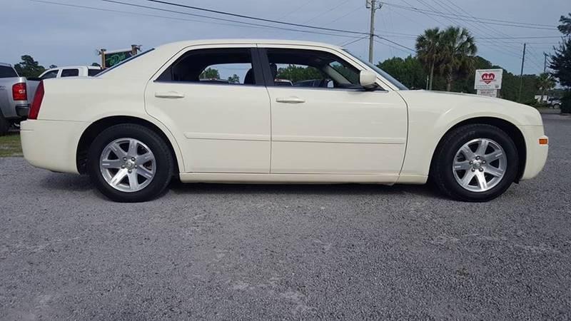 2006 Chrysler 300 for sale at Real Deals of Florence, LLC in Effingham SC