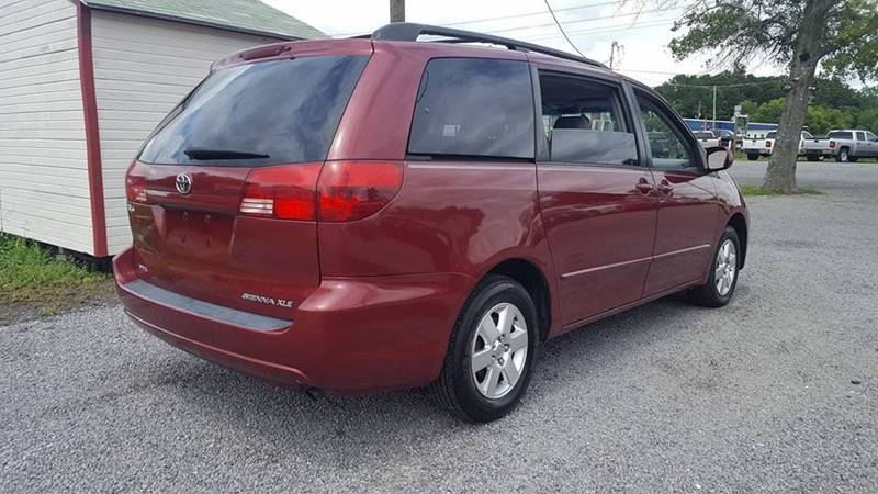 2004 Toyota Sienna for sale at Real Deals of Florence, LLC in Effingham SC