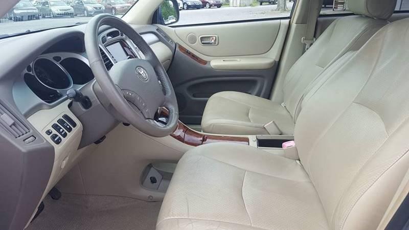 2006 Toyota Highlander Hybrid for sale at Real Deals of Florence, LLC in Effingham SC