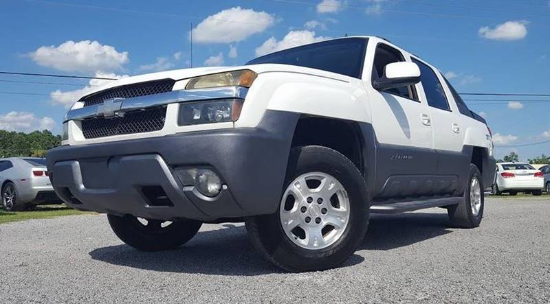 2002 Chevrolet Avalanche for sale at Real Deals of Florence, LLC in Effingham SC