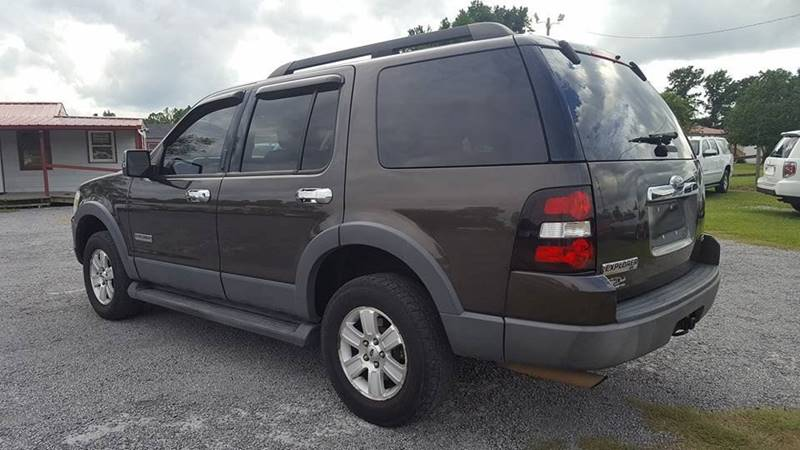 2006 Ford Explorer for sale at Real Deals of Florence, LLC in Effingham SC