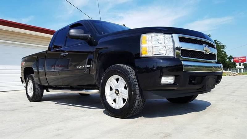 2007 Chevrolet Silverado 1500 for sale at Real Deals of Florence, LLC in Effingham SC