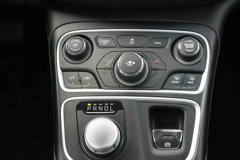 2015 Chrysler 200 for sale at Real Deals of Florence, LLC in Effingham SC