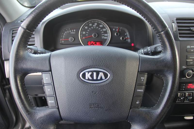 2009 Kia Borrego for sale at Real Deals of Florence, LLC in Effingham SC