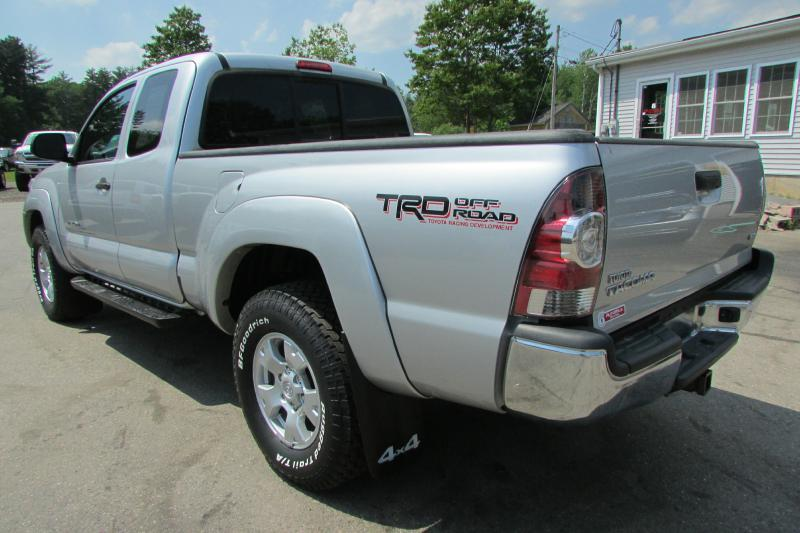 2013 Toyota Tacoma for sale at AutoMile Motors in Saco ME