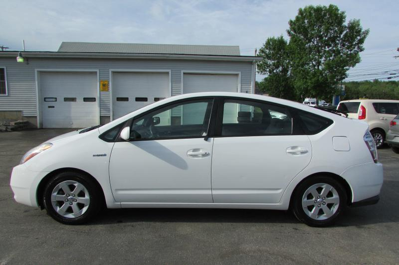 2007 Toyota Prius for sale at AutoMile Motors in Saco ME