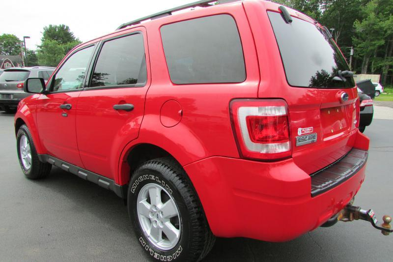 2009 Ford Escape for sale at AutoMile Motors in Saco ME