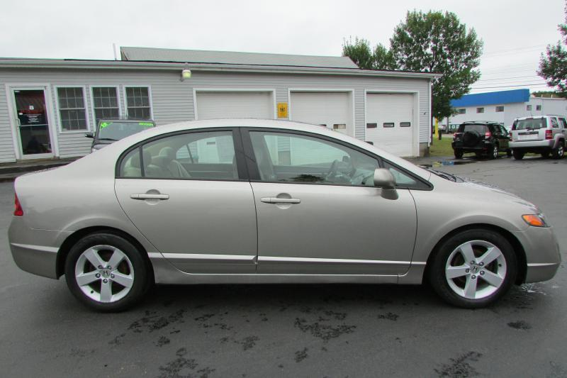 2006 Honda Civic for sale at AutoMile Motors in Saco ME