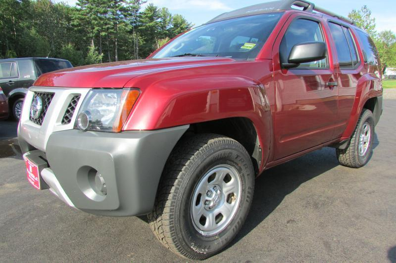 2014 Nissan Xterra for sale at AutoMile Motors in Saco ME
