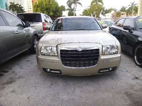 2006 Chrysler 300 for sale in Miami, FL