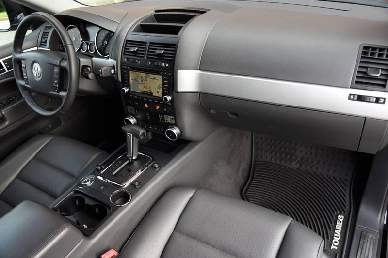 2008 Volkswagen Touareg 2 AWD VR6 FSI 4dr SUV In Salem MA