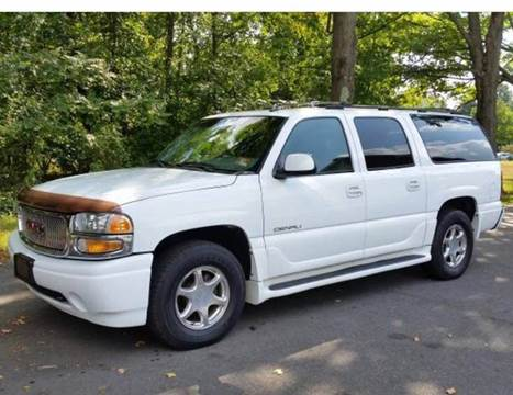 2003 GMC Yukon XL for sale at 4 Below Auto Sales in Willow Grove PA