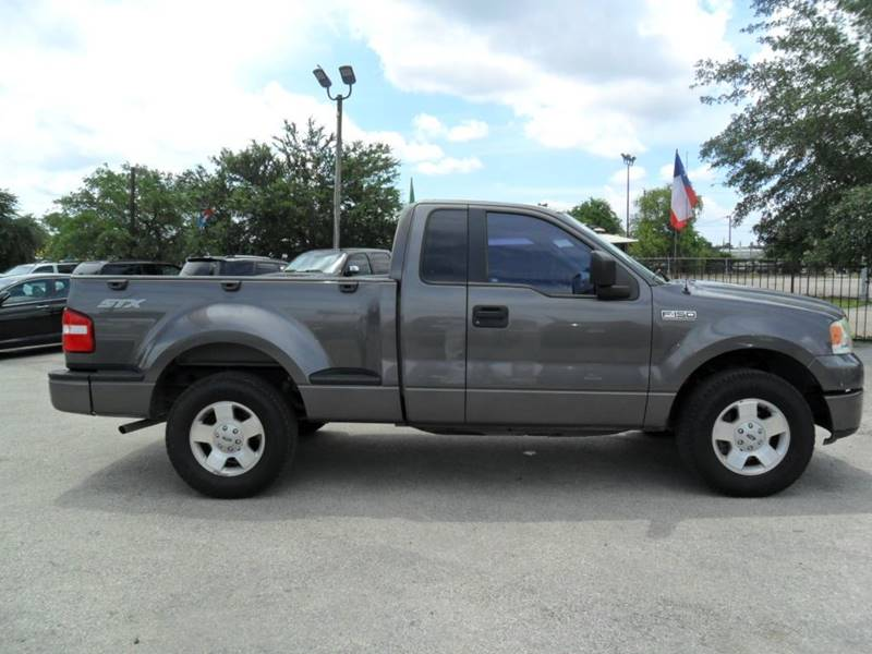 2006 Ford F-150 STX 2dr Regular Cab Flareside 6.5 ft. SB - Houston TX