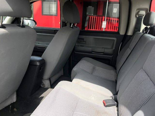 2011 RAM Dakota 4x2 Lone Star 4dr Crew Cab - Houston TX