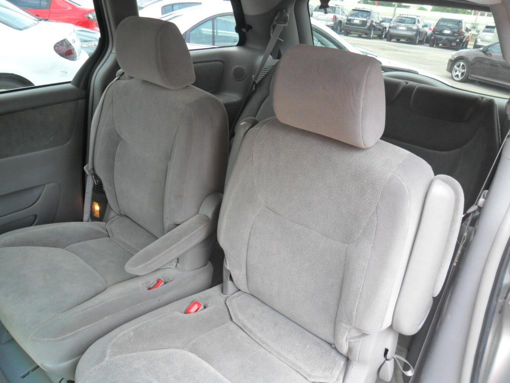 2004 Toyota Sienna XLE (A5) - Houston TX