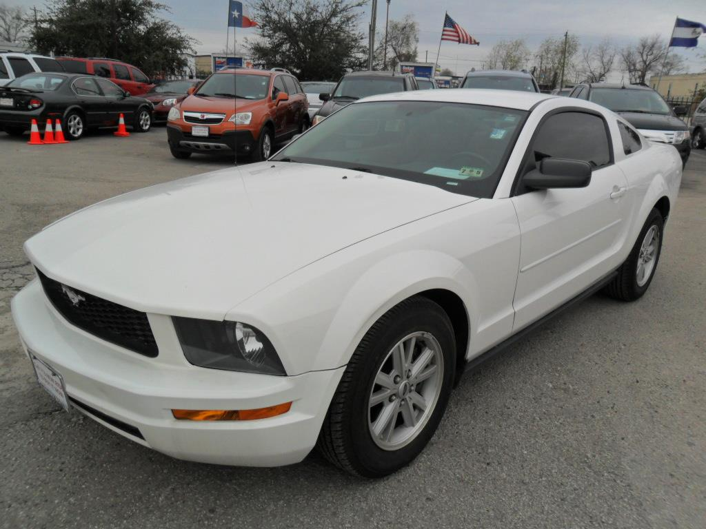 2006 ford mustang v6 deluxe 2dr coupe houston tx
