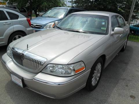 Used 2004 Lincoln Town Car For Sale In Texas