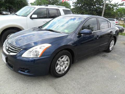 2010 Nissan Altima for sale at Talisman Motor City in Houston TX