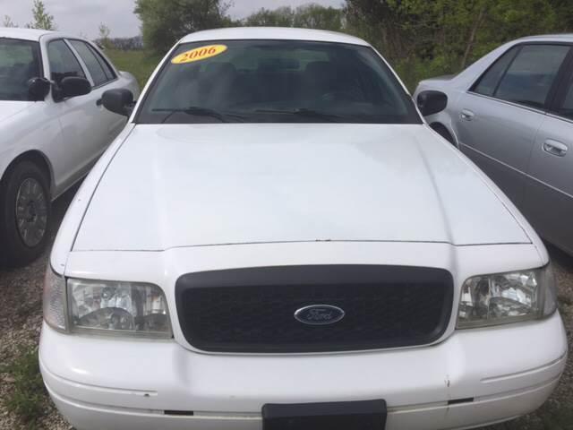Ford Crown Victoria Police Interceptor In Marengo IL - 2006 crown victoria