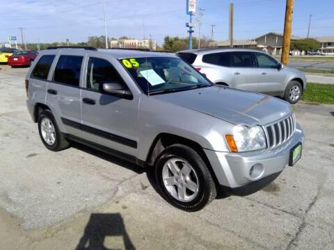 2005 Jeep Grand Cherokee for sale at Regency Motors Inc in Davenport IA