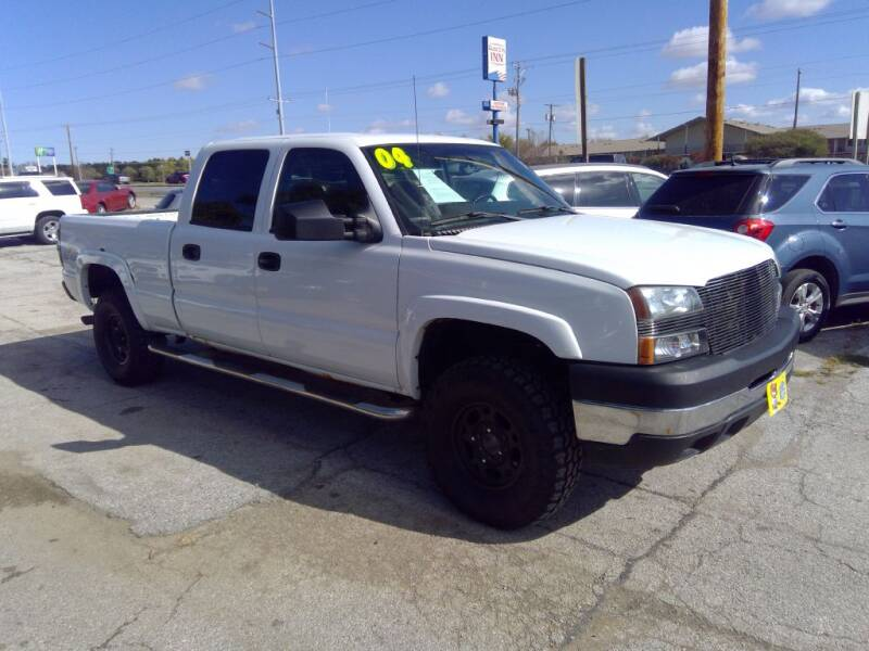 2004 Chevrolet Silverado 2500HD for sale at Regency Motors Inc in Davenport IA