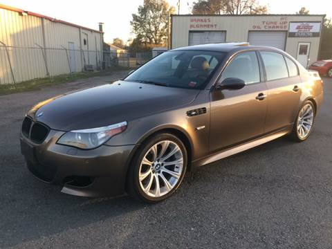 2006 BMW M5 for sale at Elders Auto Sales in Pine Bluff AR