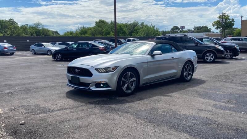 2015 Ford Mustang V6 2dr Convertible - Houston TX