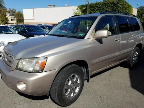 2005 Toyota Highlander for sale in Lemon Grove, CA