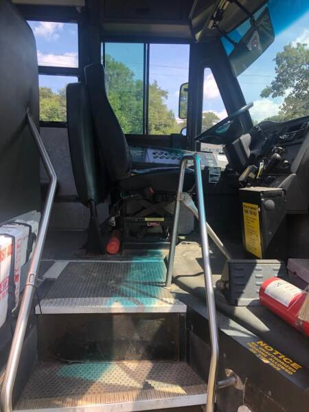 2008 Freightliner B2 Chassis 4X2 Chassis - Frankford DE