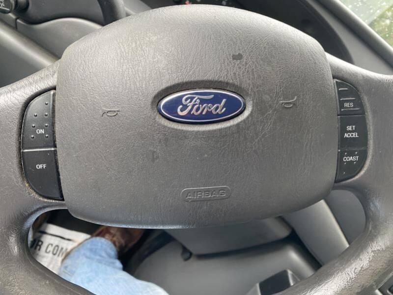 2007 Ford E-Series Wagon  - Frankford DE