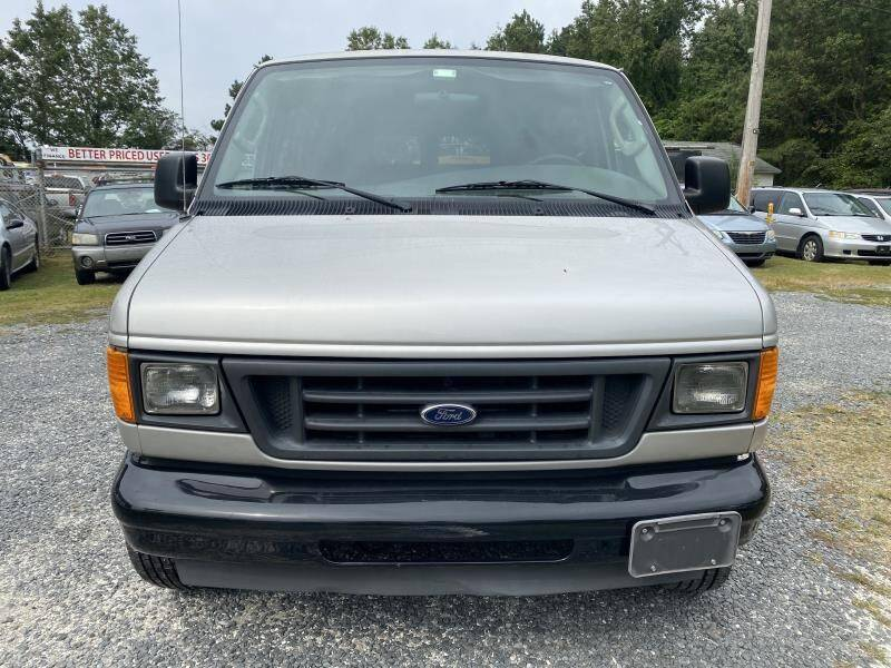 2003 Ford E-Series Wagon  - Frankford DE