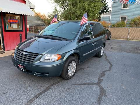 2007 Chrysler Town and Country for sale at Super Auto Group in Somerville NJ