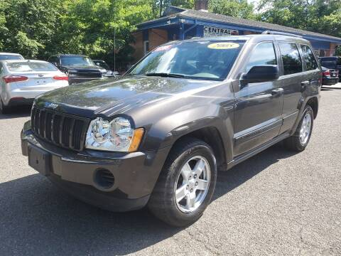 2005 Jeep Grand Cherokee for sale at Super Auto Group in Somerville NJ