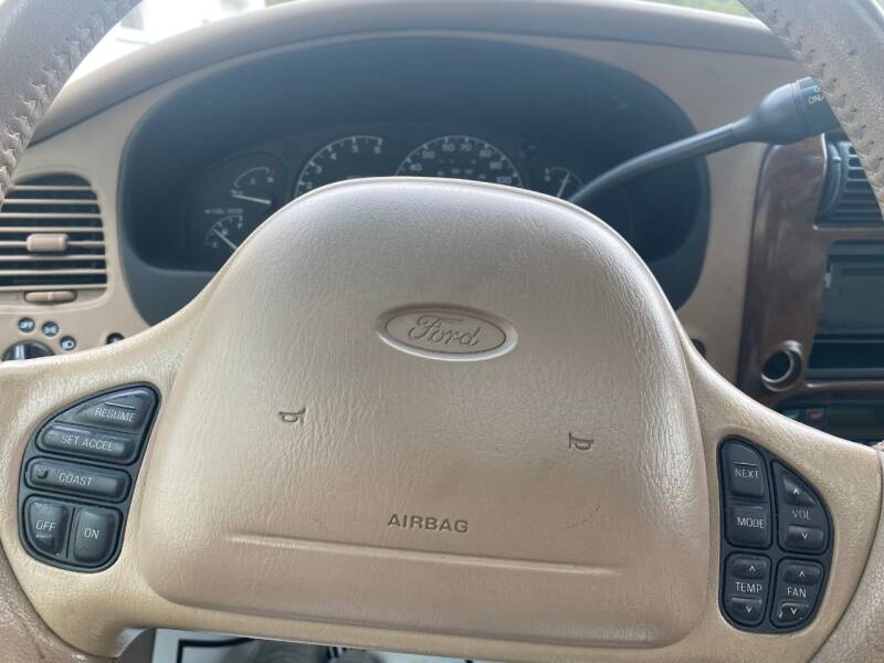 2000 Ford Explorer AWD Limited 4dr SUV - Cambridge MN