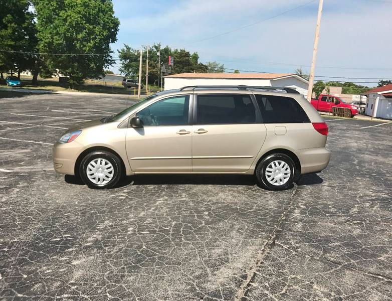 2005 Toyota Sienna for sale at E & S MOTORS in Imperial MO