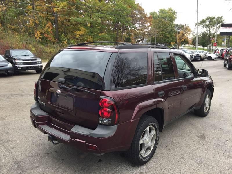 2006 Chevrolet TrailBlazer LS 4dr SUV 4WD w/1SA - Saint Francis WI