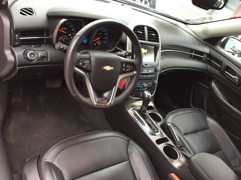 2016 Chevrolet Malibu Limited LTZ 4dr Sedan - Saint Francis WI