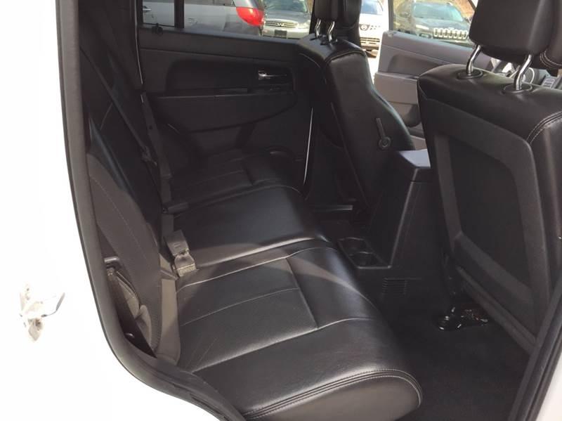 2012 Jeep Liberty 4x4 Sport 4dr SUV - Saint Francis WI