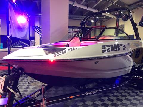 2020 Sanger 231 SL for sale at Mudarri Motorsports - New Boat Inventory in Kirkland WA