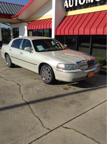 2007 Lincoln Town Car Designer Series 4dr Sedan In Houma La Team