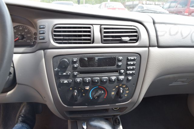 2005 Mercury Sable for sale at CRESTWOOD AUTO AUCTION in Crestwood IL